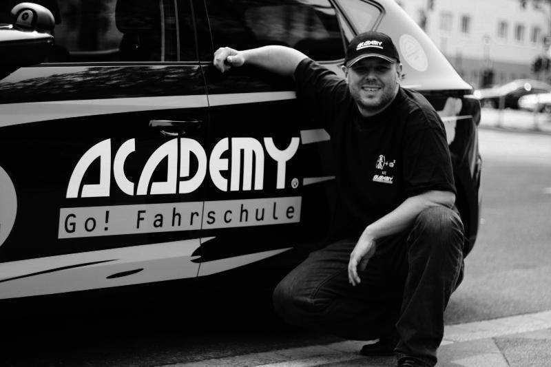 de.academy.fahrschulen.model.instructor.Instructor@236d